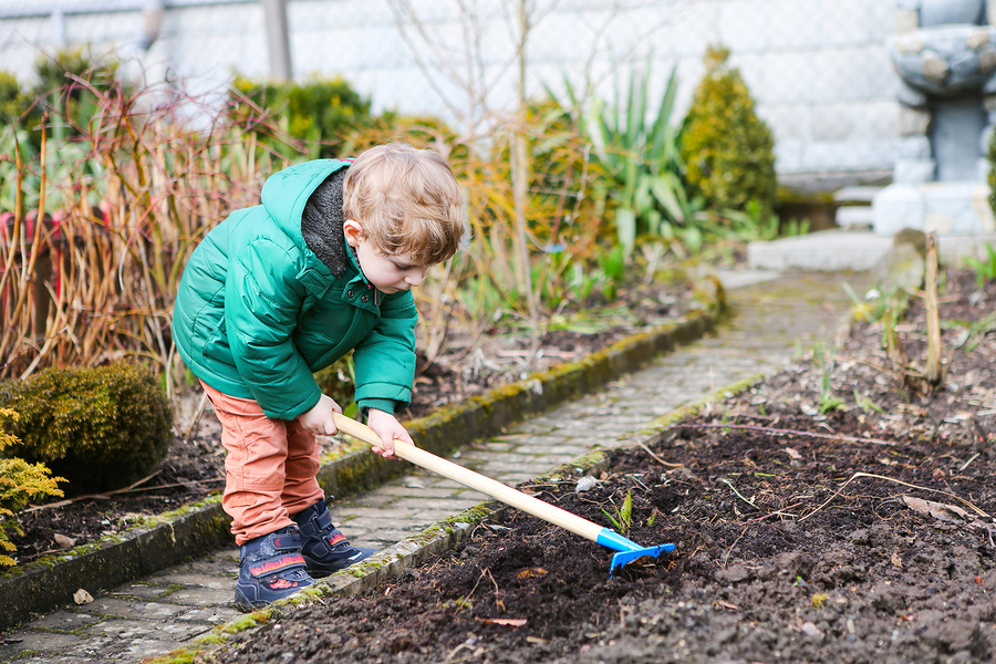 benefits of gardening with your children
